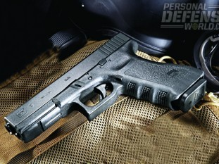 G17's recently replaced DCPJ's (Directorate of Criminal Police) SIg's 228s, SP 2022s, Beretta 92s, and CZ 75s.