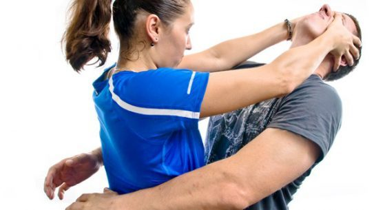 Diamond Defense is teaching a new women's self-defense class in Indiana. (Photo: bullyproofaz.com)