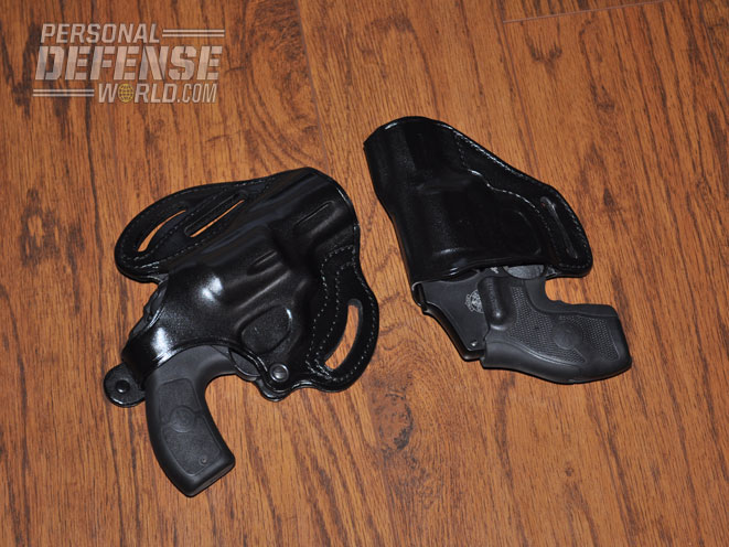Revolvers_Holsters