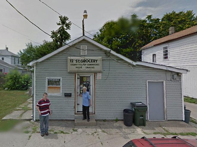 ohio store clerk shoots robber, ohio robber, ohio armed robbery