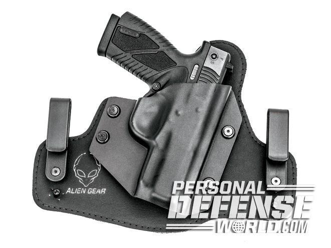 bersa, bersa pistols, bersa gun, bersa concealed carry, alien gear cloak tuck 2.0