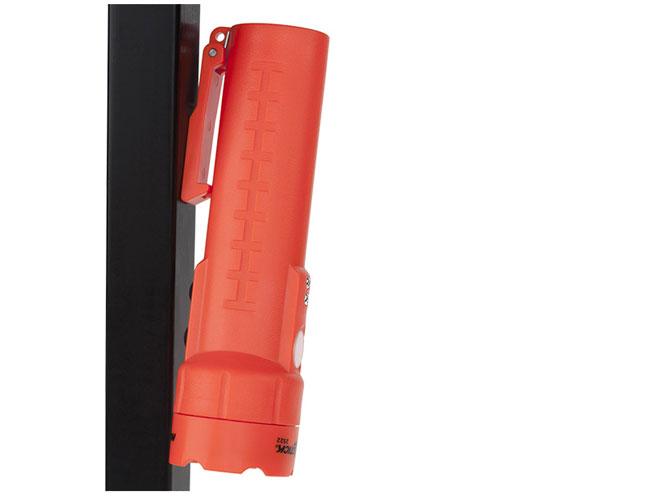 Nightstick NSR-2522RM, NSR-2522RM, flashlight, flashlights, nightstick flashlight, nightstick flashlights, NSR-2522RM flashlights, NSR-2522RM magnetic