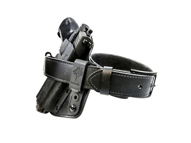 The DeSantis Intruder IWB hybrid holster is teamed up with A DeSantis E25 Econo Belt.
