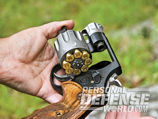 smith & wesson, smith & wesson model 627, smith & wesson model 327, model 627, model 327, s&w model 627, s&w model 327, smith & wesson performance center model 627, smith & wesson performance center model 327, smith & wesson model 327 revolver