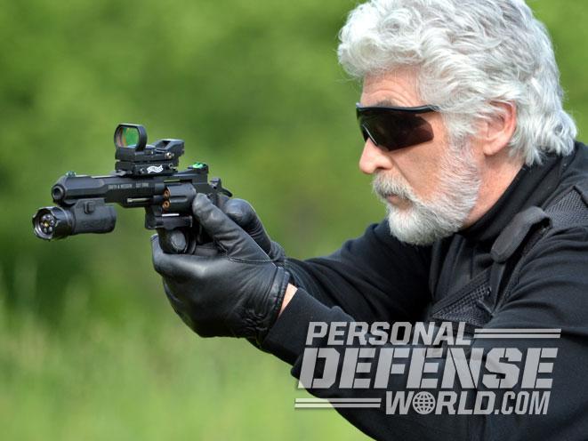 air pistol, air gun, airgun, air pistol revolver, asg, umarex, asg dan wesson, asg dan wesson revolver, umarex s&w TRR8, umarex s&w TRR8 gun test