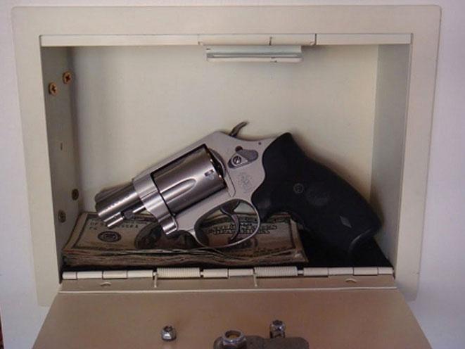 gun safe, gun safes, gun vault, console vault, console vault covert ii, safe