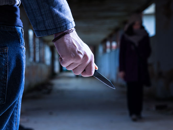 stalking, stalker, stalking safety tips, stalking warning signs, stalking danger, stalking dangers, stalking crime, stalking knife