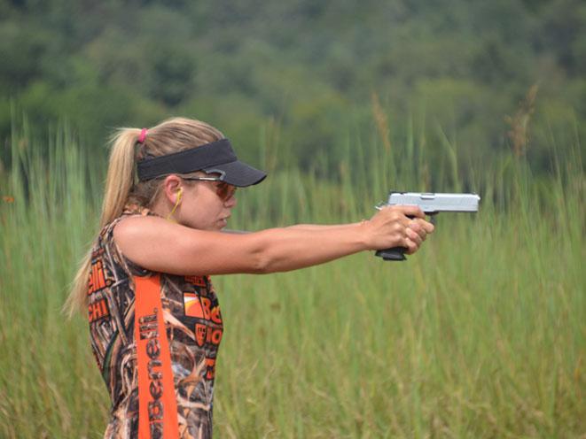 Heather Miller, Heather Miller shooter, Heather Miller 3-gun, Heather Miller 3-gun shooter, Heather Miller pro shooter, heather miller gun test