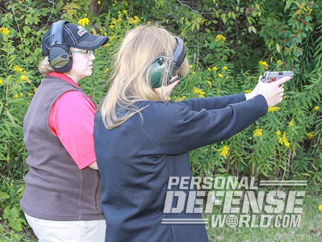 Handgun Guide For Women, the Handgun Guide For Women, gun, guns, ladies only