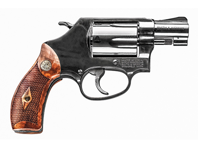 revolver, revolvers, snub-nose revolver, snub-nose revolvers, Smith & Wesson Model 36 Chief's Special