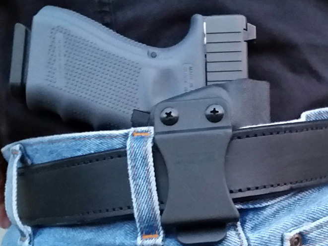 dsg arms, dsg arms cdc, dsg arms dcd holster, dsg arms cdc compact discreet carry, compact discreet carry, dsg arms cdc holster, holsters