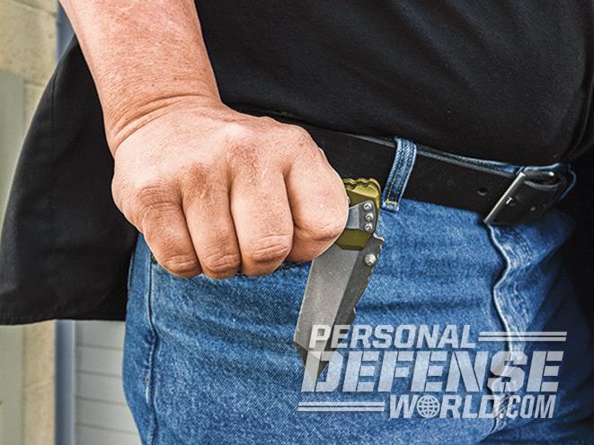 knife, knives, folding knife, folding knives, knife defense, blade