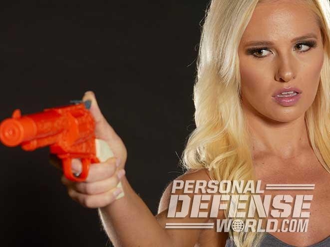 Tomi Lahren, TheBlaze, Pistol