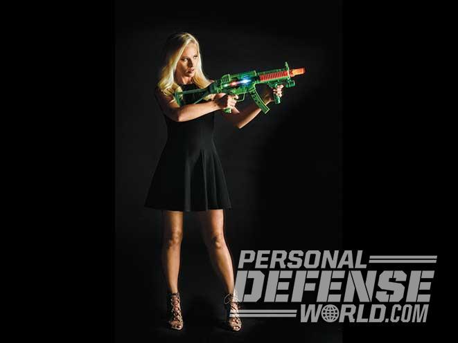 Tomi Lahren, TheBlaze, Rifle aim