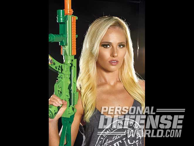 Tomi Lahren, TheBlaze, rifles