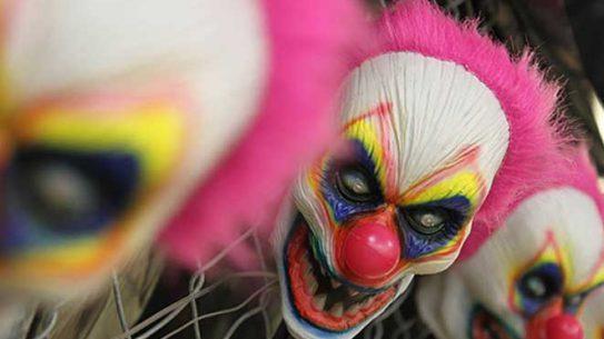 creepy clown, creepy clown home invasion