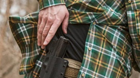milwaukee concealed carrier shoots armed robbers