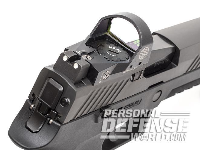 Sig Sauer P320 RX Compact pistol rear sight