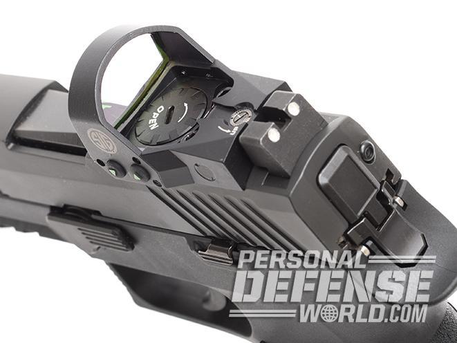 Sig Sauer P320 RX Compact pistol romeo1