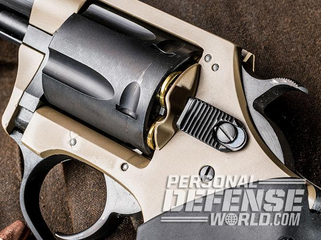 Undercover Lite Earthborn revolver release latch