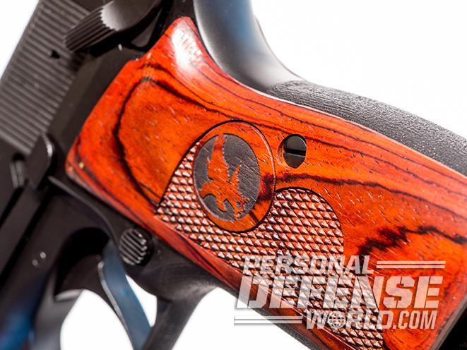 nighthawk browning hi-power gunsite 250 pistol grip