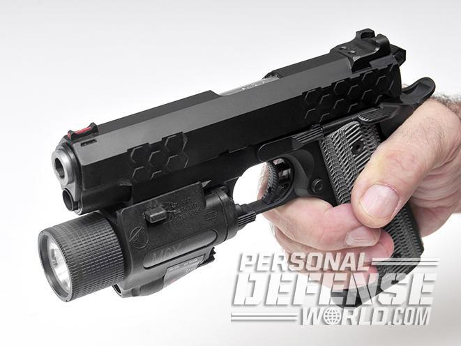 STI HEX Tactical SS 4.0 PISTOL light