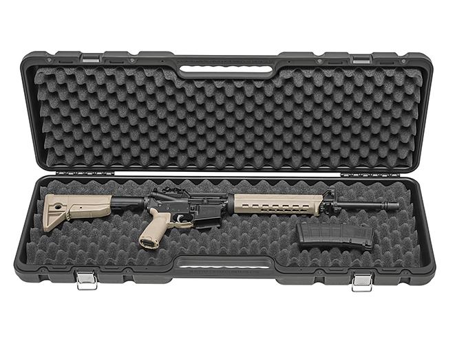 Springfield Saint FDE rifle in case