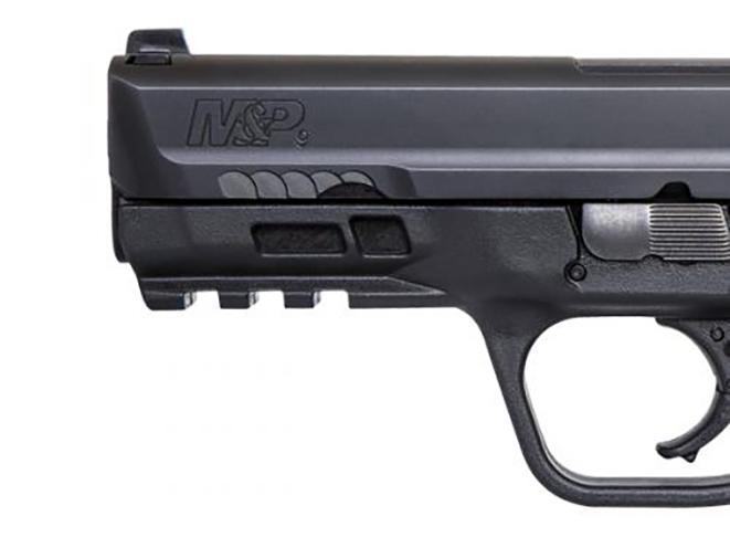 Smith & Wesson M&P M2.0 Compact pistol rail