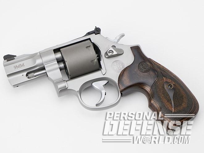 Smith & Wesson Performance Center Model 986 revolver left profile