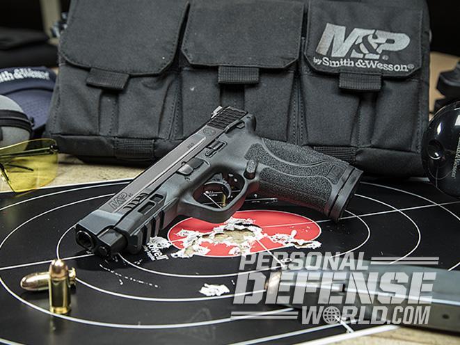 S&W M&P45 M2.0 polymer 45 on target