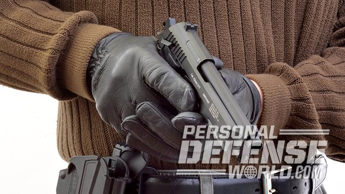 BBs vs Pellets pistol closeup