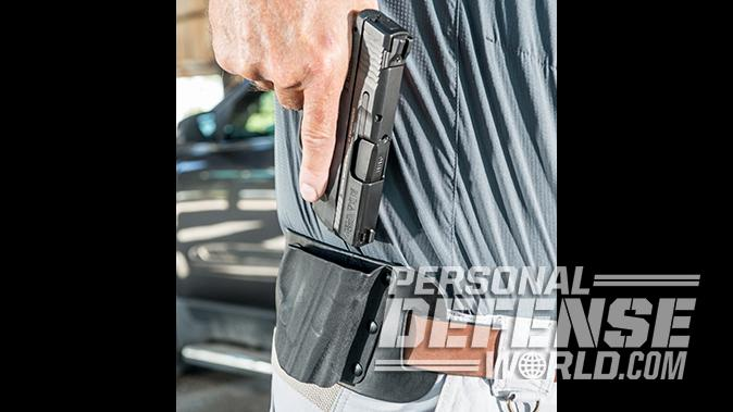 Smith & Wesson M&P9 Shield M2.0 pistol holster
