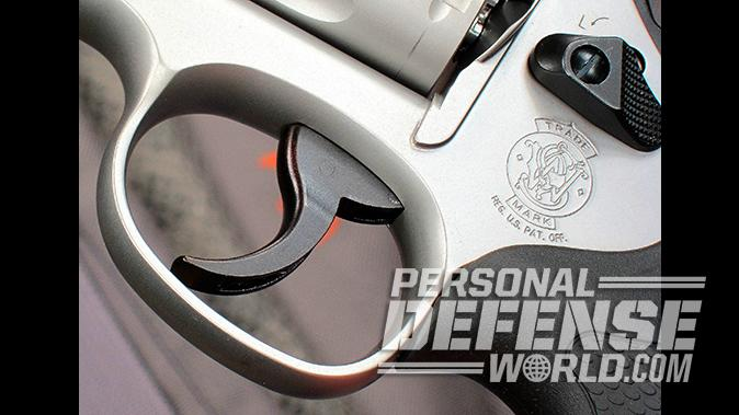 smith wesson Model 66 Combat Magnum revolver trigger