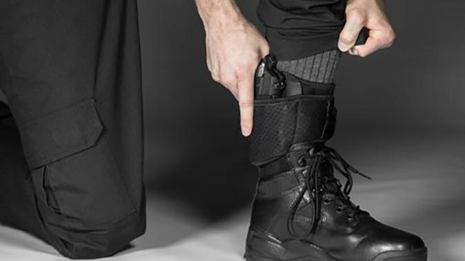 Alien Gear Shapeshift Ankle Holster drawing leg