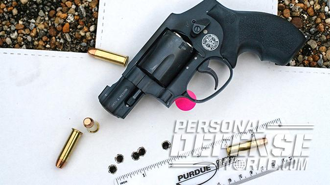 smith wesson M&P340 Review revolver target