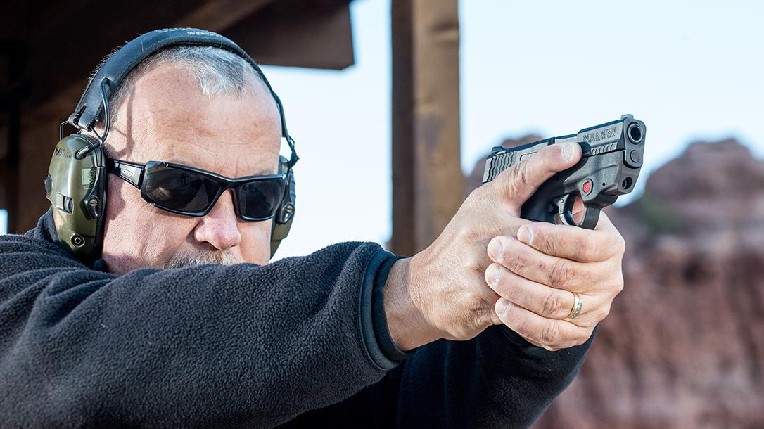 Pistol grip ways to hold a handgun lead
