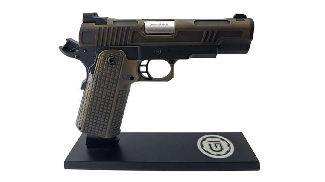 Guncrafter Hellcat X2 commander pistol right profile