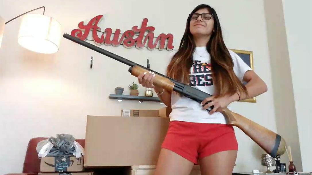 mia khalifa shotgun