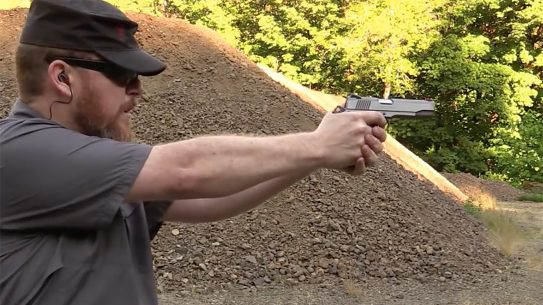 colt competition 1911 pistol shooting