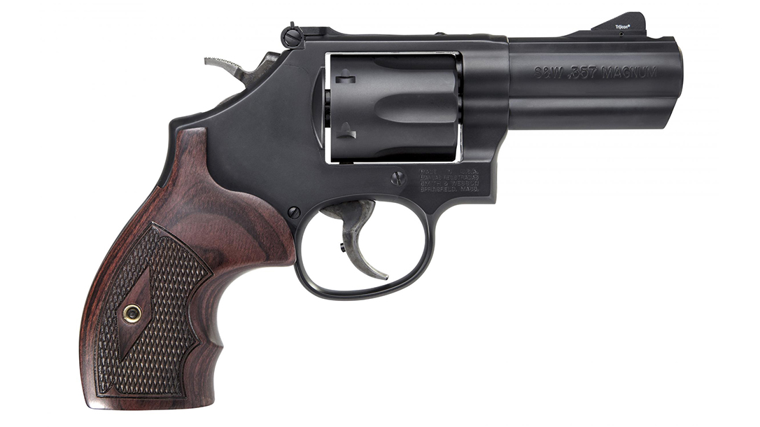 Smith & Wesson Performance Center Model 19 Carry Comp Revolver right