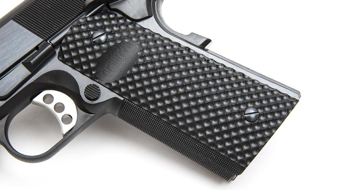The Les Baer Premier II Hunter pistol, 10mm handgun, grip