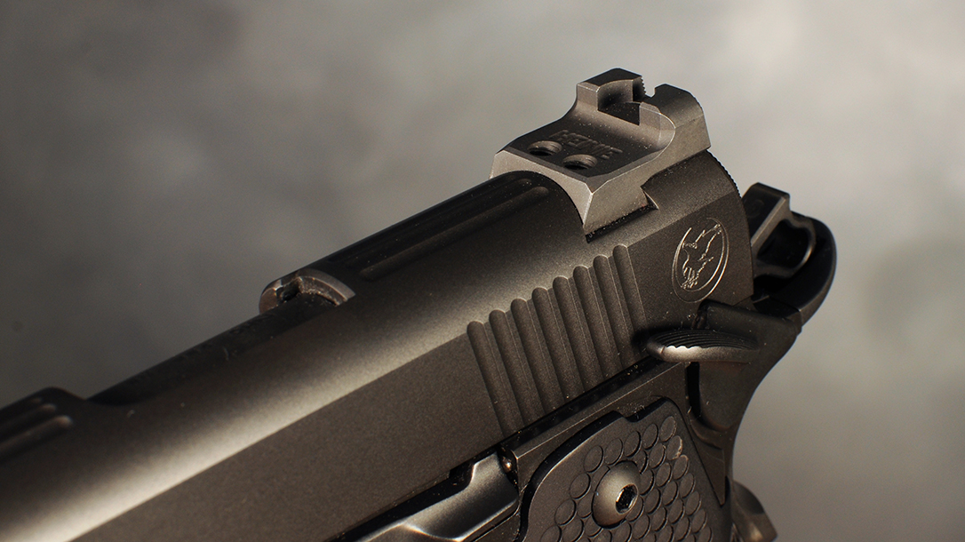 Nighthawk Double Stack, Vertical Edge