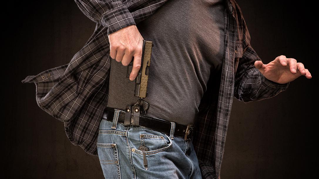 Armed Bar Patron, armed robbers, Missouri
