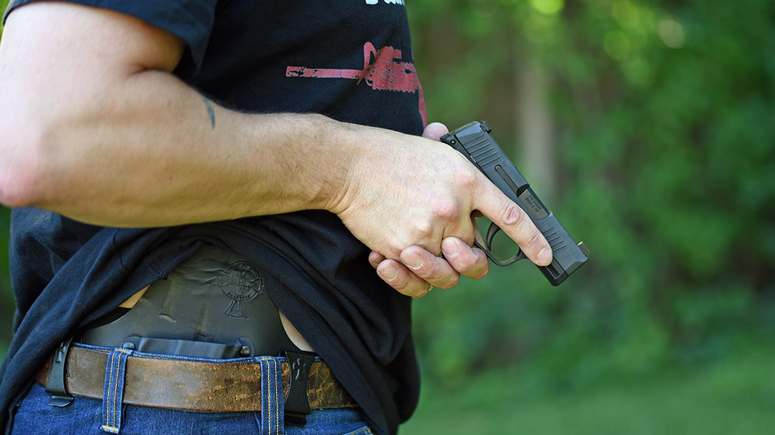 Concealed Carry Tips, Drawing From Concealment