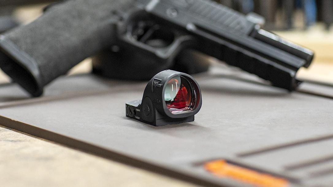 Trijicon SRO red dot optic, sight