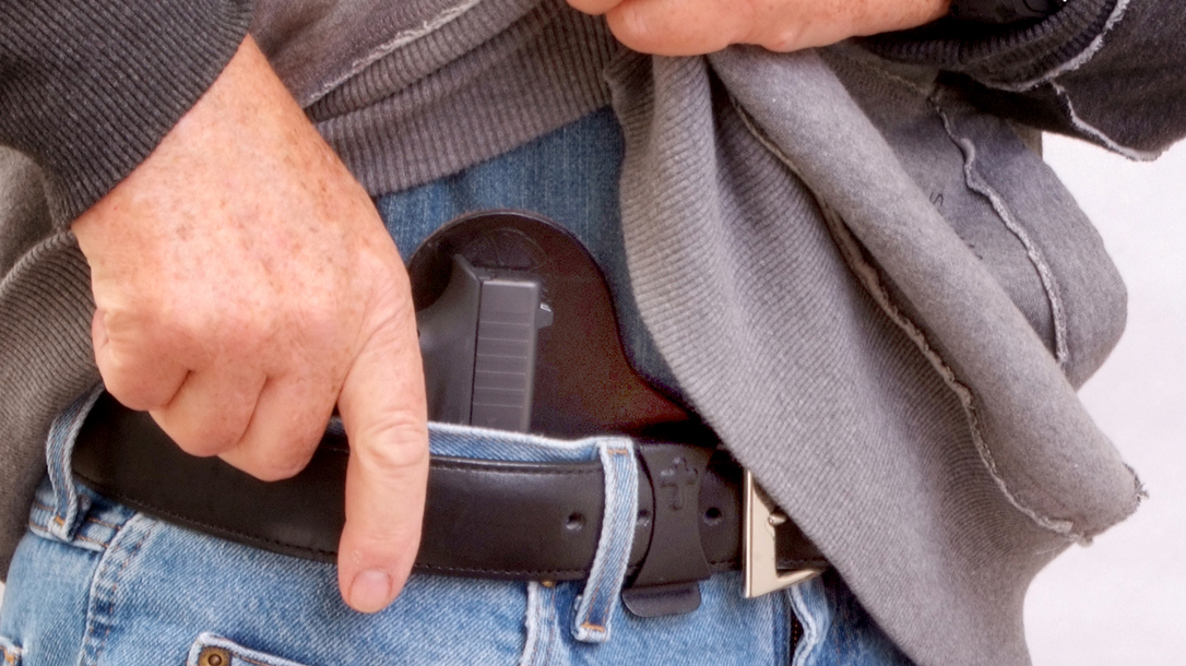 Delaware Permit Holder Fires at Shoplifters