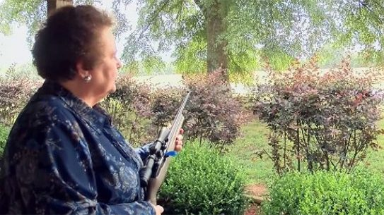 Alabama Grandmother Holds Car Thief at Gunpoint