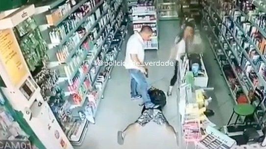 Brazilian Shop Owner, situational awareness, Discretion