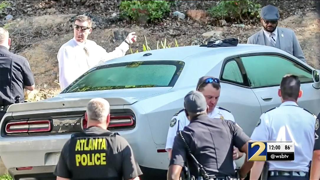 Atlanta Business Patron Shoots Robber, shooting