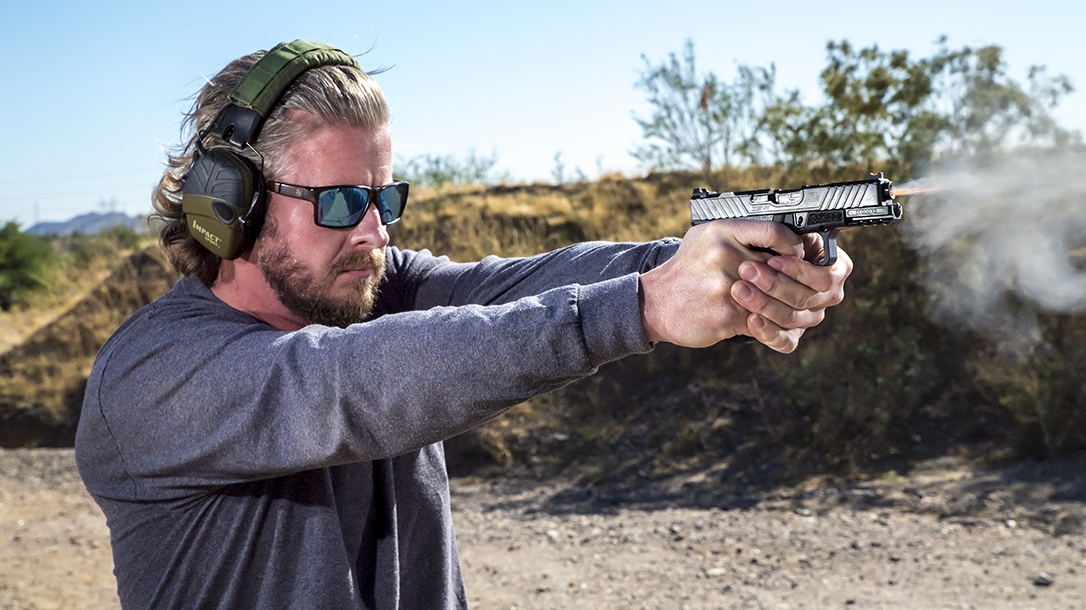 The ZEV OZ9c represents the company's take on the ubiquitous Glock G19.